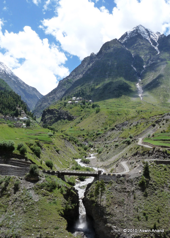 The glacier stream, the roads and the bridge en route Manali