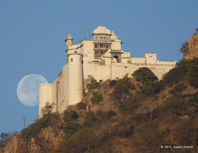 Early morning shot of Sajjangarh Fort while the moon was just setting